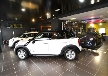 MINI in showroom