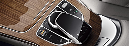 Mercedes-Benz C-Class Touch Pad