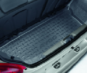 Avensis Boot Liner