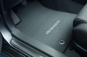 Avensis Carpet Mats
