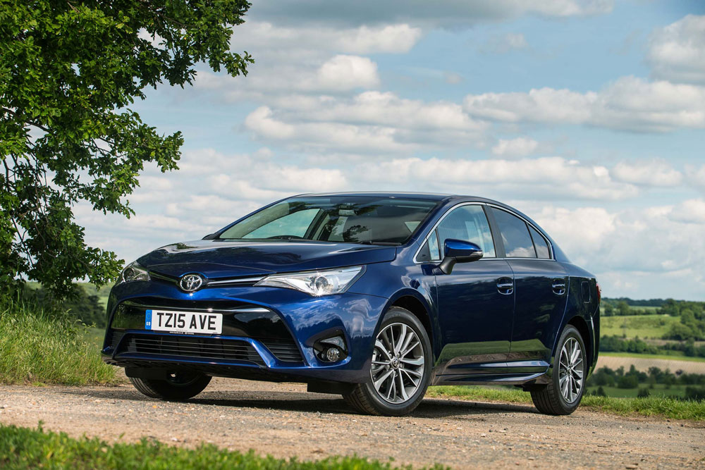 new all new toyota avensis arnold clark toyota. Black Bedroom Furniture Sets. Home Design Ideas