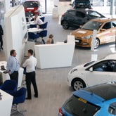 Thumbnail of Hyundai Alexandra Parade interior with Salesmen talking